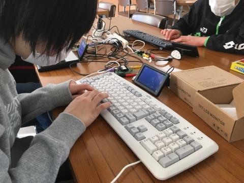 保育園 年長さん のプログラミング率 100% を達成した長野県南相木村、次は小学生100%に!