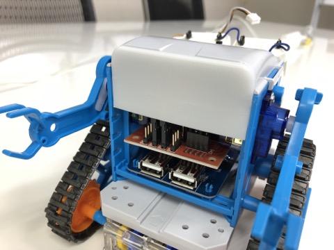 目が大きければもっとカワイイ💖!遠近両用距離センサーを取り付けるためのカムロボ顔3Dデータの土台をつくってみた!